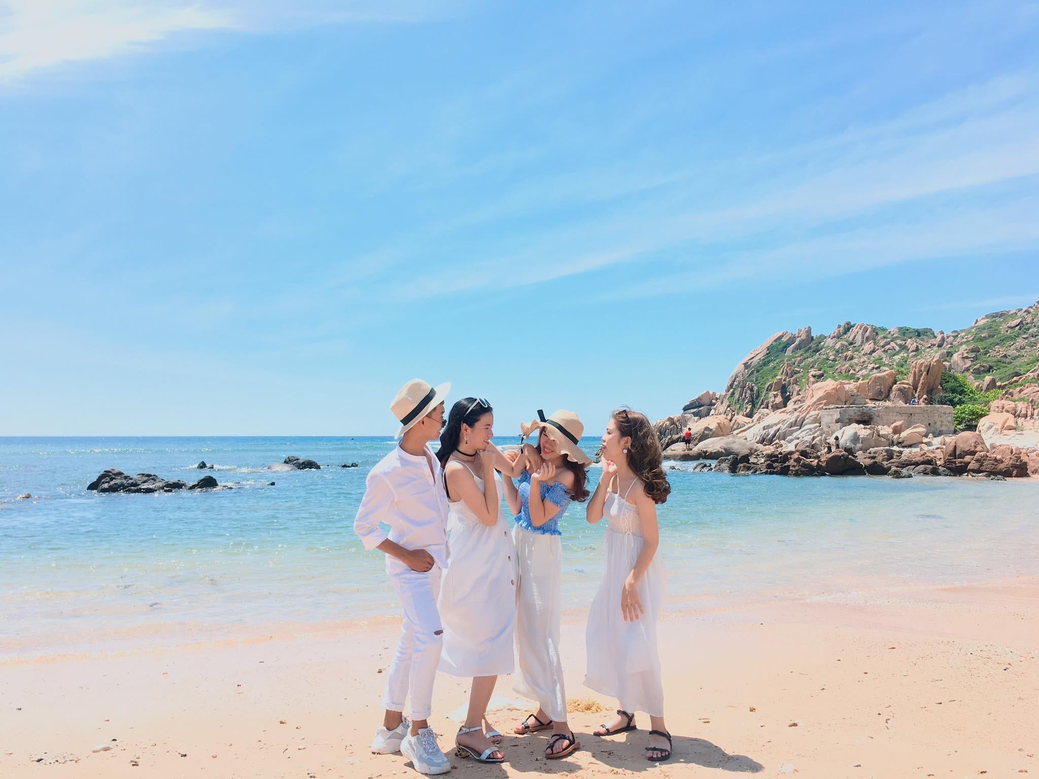 Du lịch Cô Tô - Biển xanh cát trắng nắng vàng - Teambuildings - Gala dinner