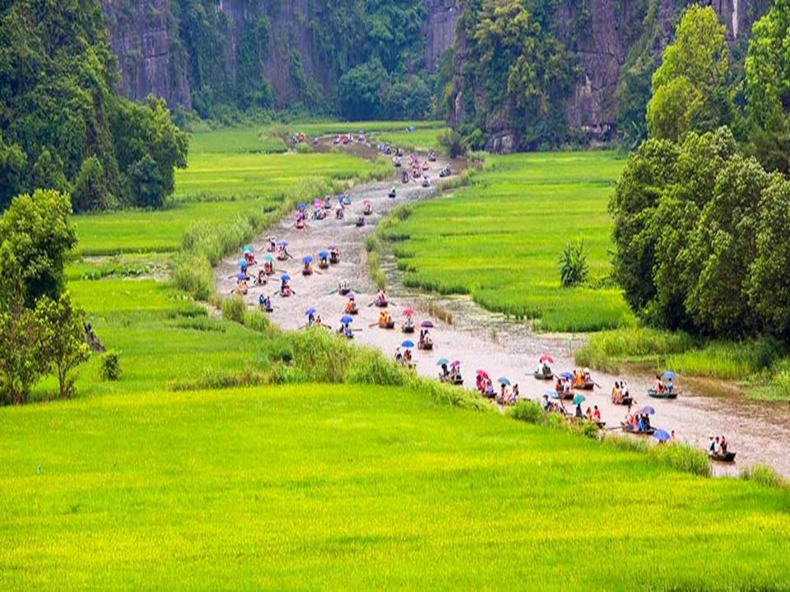 Hà Nội - Bái Đính - Tràng An - Hang Múa