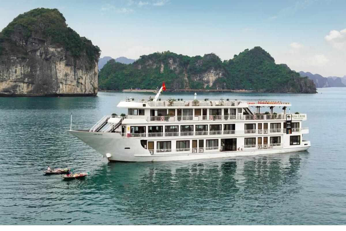 Tận hưởng kỳ nghỉ tuyệt với  trên du thuyền Aquamarine Cruise (2N1Đ)