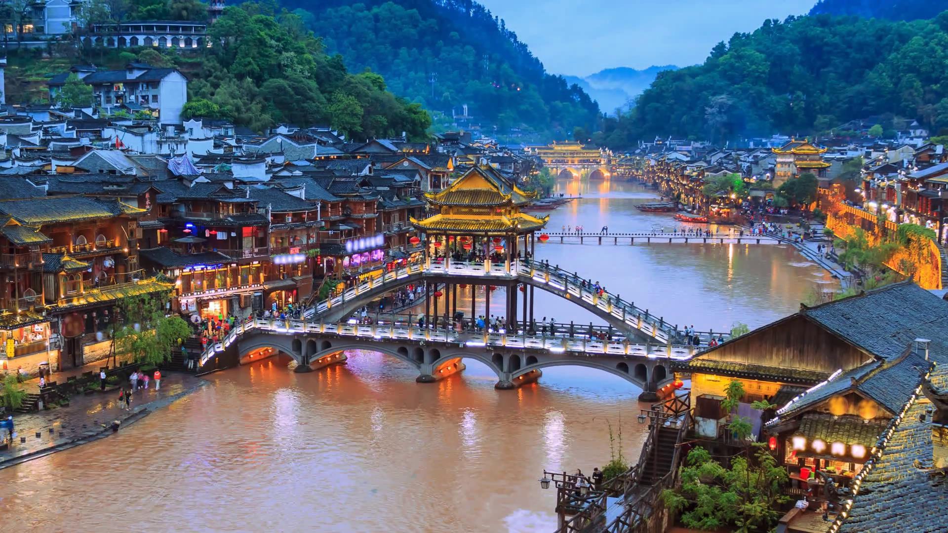 Trương Gia Giới - Thiên Môn Sơn - Phù Dung Trấn