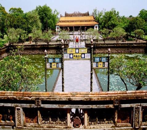 Quảng Bình– Quảng Trị - Đà Nẵng –  Hội An– Huế - Quảng Bình – Vùng Chùa Đảo Yên