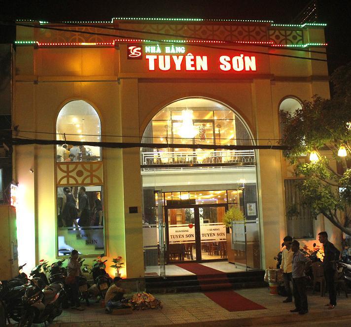 Nhà Hàng Tuyên Sơn Đà Nẵng